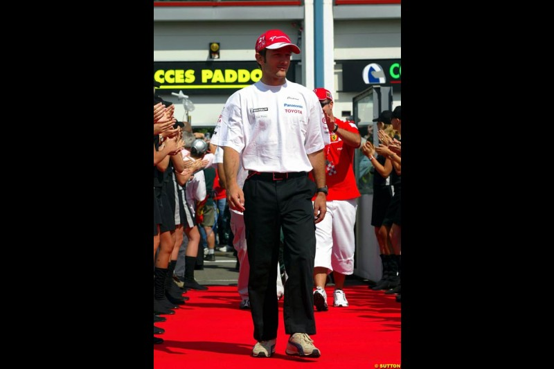 The drivers' parade for the French Grand Prix at Magny Cours, France. Sunday, July 6th 2003.