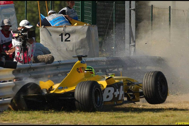 Ralph Firman Jnr, Jordan, slams into a barrier after losing his rear wing. Hungarian Grand Prix Saturday. Hungaroring, Budapest. 23rd August, 2003.