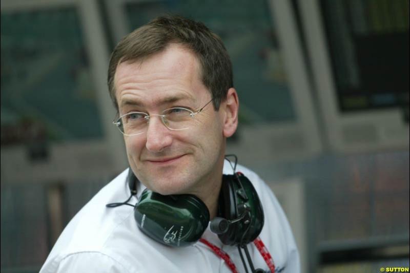 Tony Purnell, Jaguar Racing. Japanese Grand Prix, Suzuka, Japan. Saturday, October 11th 2003.