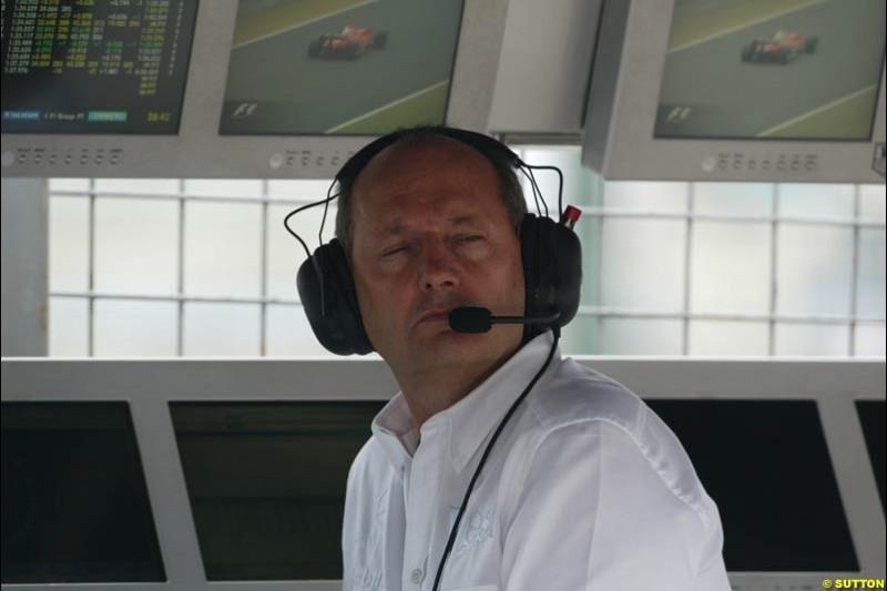 Ron Dennis. Japanese Grand Prix, Suzuka, Japan. Saturday, October 11th 2003.