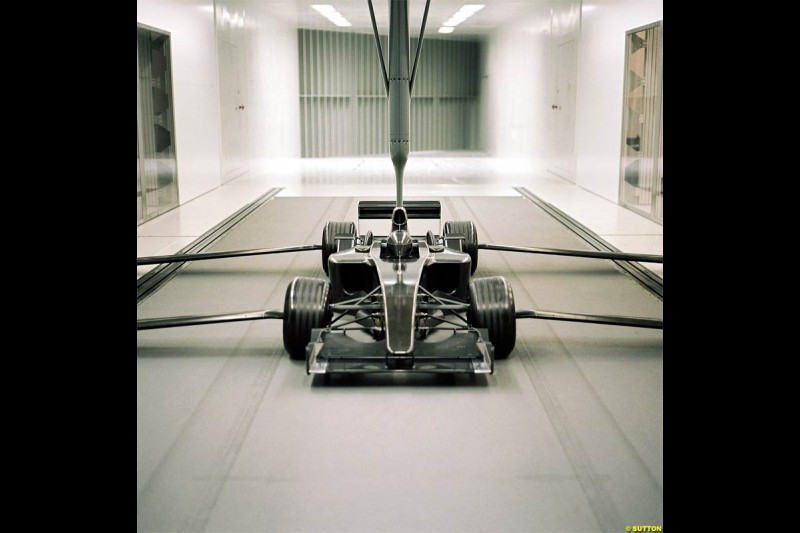 Sauber launch new windtunnel. December 2003.