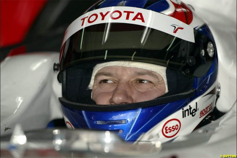 F1 Testing at Valencia, Spain. January 27th 2004. Olivier Panis, Toyota.