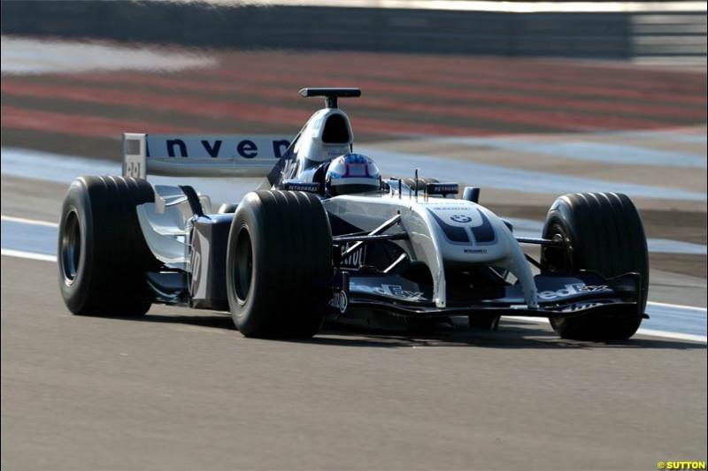Current IRL Champion Scott Dixon participates in his first Formula One test, driving the Williams BMW FW26 at Paul Ricard, France. March 26th, 2004.