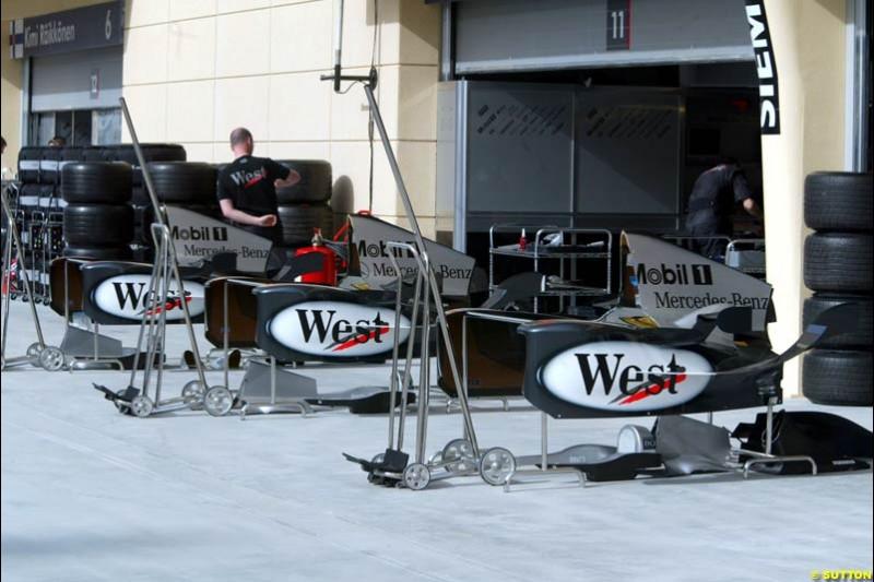 McLaren bodyworks. Bahrain Grand Prix, Bahrain International Circuit. April 1st, 2004.