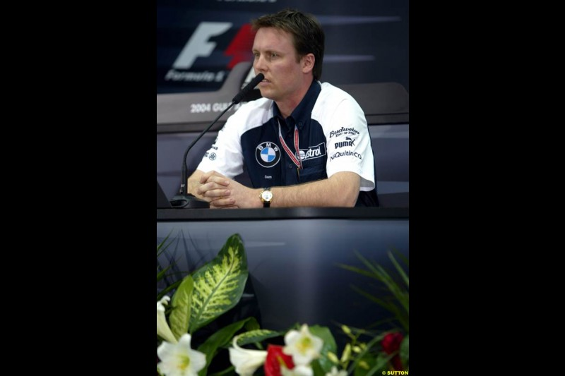 Sam Michael, Williams, at the FIA press conference. Bahrain Grand Prix, Bahrain International Circuit. April 1st, 2004.