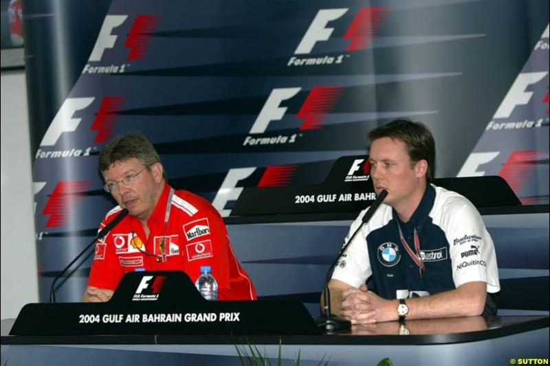 Ross Brawn, Ferrari, and Sam Michael, Williams, at the FIA press conference. Bahrain Grand Prix, Bahrain International Circuit. April 1st, 2004.