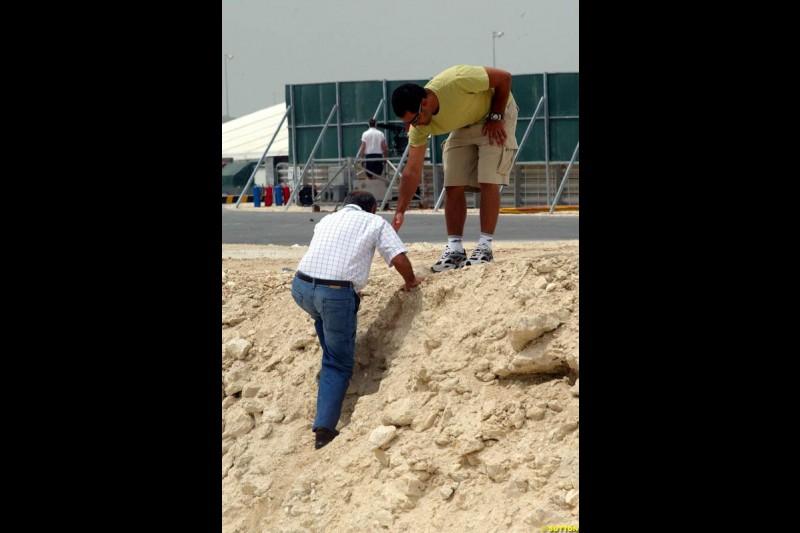 Juan Pablo Montoya and his father. Bahrain Grand Prix, Bahrain International Circuit. April 1st, 2004.