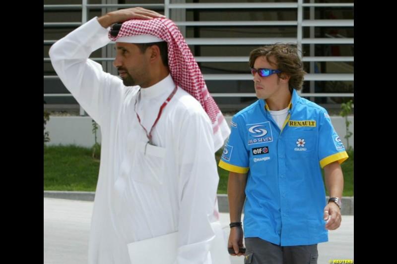 Fernando Alonso, Renault. Bahrain Grand Prix, Bahrain International Circuit. April 1st, 2004.