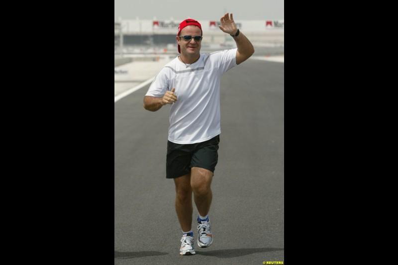 Rubens Barrichello takes a run around the new track. Bahrain Grand Prix, Bahrain International Circuit. April 1st, 2004.