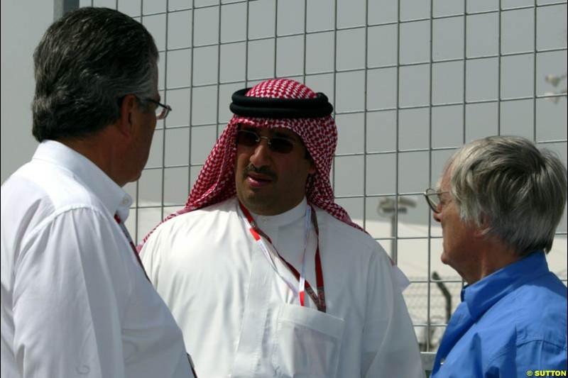 Bernie Ecclestone with Mohammed Al Khalifa, chairman of the Bahrain Grand Prix, Bahrain International Circuit. April 1st, 2004.