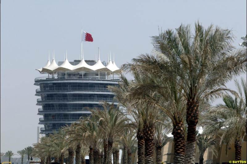 The VIP Tower. Bahrain Grand Prix, Bahrain International Circuit. April 1st, 2004.