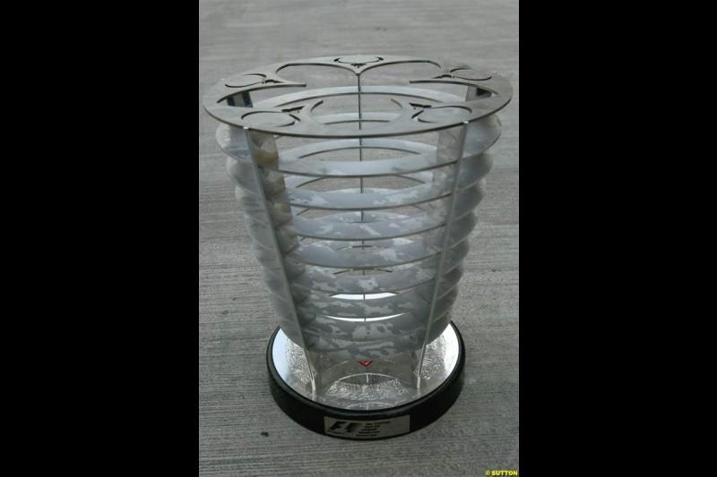 The Bahraini trophy. The Bahrain Grand Prix. Bahrain International Circuit, April 4th 2004.