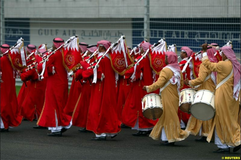Grid Dancers. The Bahrain Grand Prix. Bahrain International Circuit, April 4th 2004.