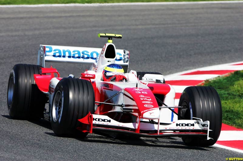 Ricardo Zonta, Toyota, Spanish GP, Friday May 7th, 2004.