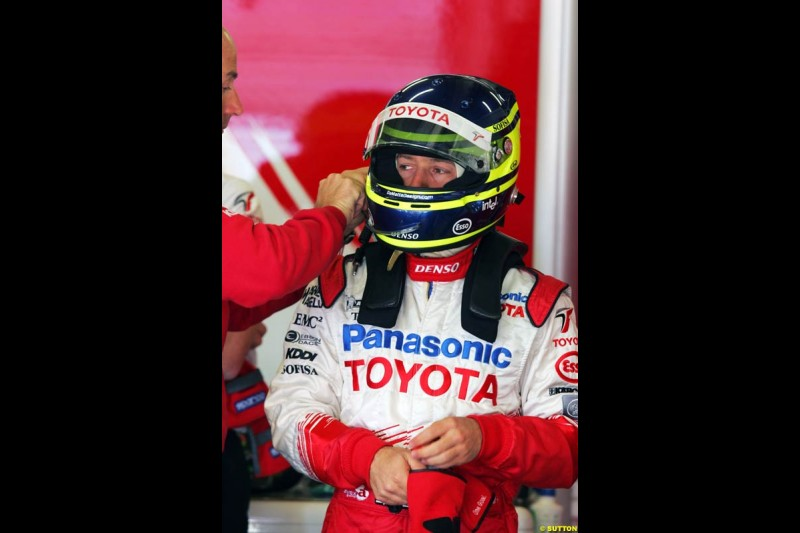 Cristiano Da Matta, Toyota, Spanish GP, Friday May 7th, 2004.