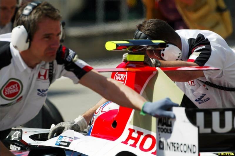 BAR-Honda, Spanish GP, Friday May 7th, 2004.