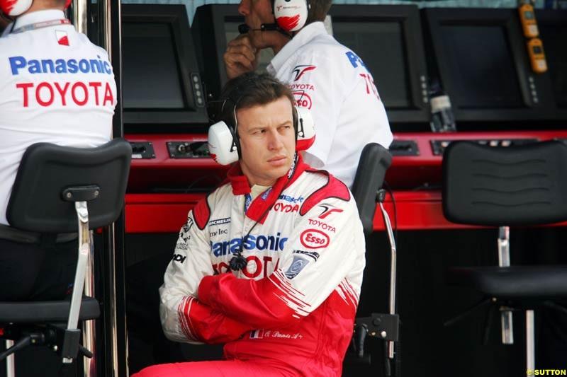 Olivier Panis, Toyota, Spanish GP, Friday May 7th, 2004.