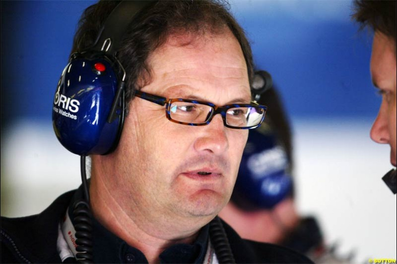 Frank Dernie, Williams Special Projects Manager. Spanish Grand Prix Saturday. Circuit de Catalunya. Barcelona, Spain. May 8th 2004.