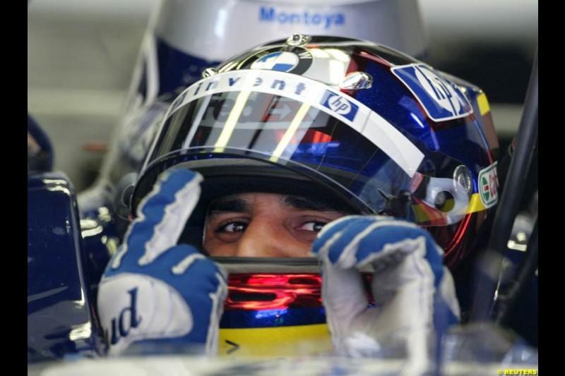 Juan Pablo Montoya, BMW-Williams, signals his intent to take pole, Spanish GP, Saturday May 8th, 2004.