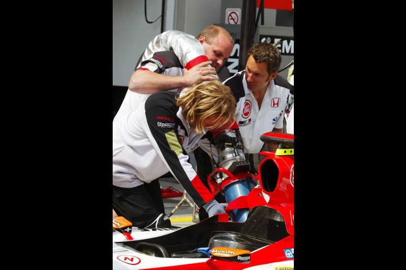 BAR-Honda, European GP, Thursday May 27th, 2004.