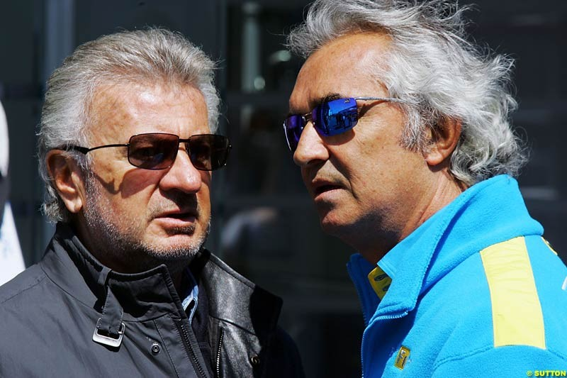 Willi Weber and Flavio Briatore, European GP, Saturday May 29th, 2004.