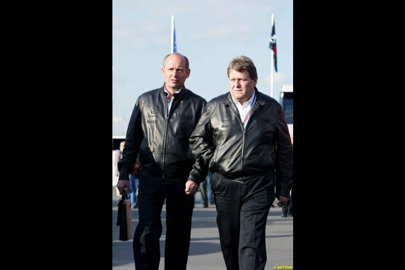 Ron Dennis and Norbert Haug, European GP, Saturday May 29th, 2004.