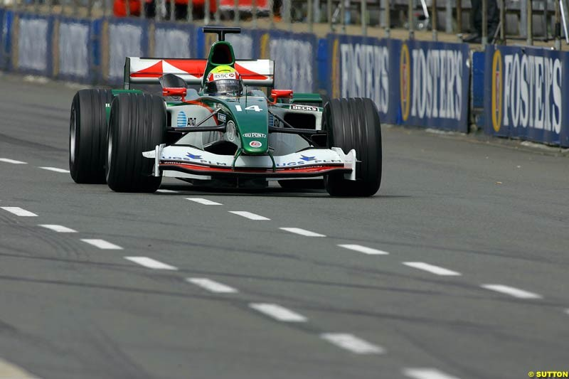 Mark Webber, Jaguar, Silverstone Testing, Thursday June 3rd, 2004.