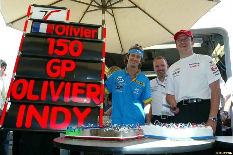 Jarno Trulli, Mike Gascoyne, and Olivier Panis; United States GP, Saturday June 19th, 2004.