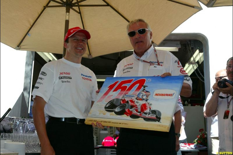 Olivier Panis and Ove Andersson, United States GP, Saturday June 19th, 2004.