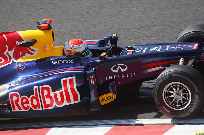 Sebastian Vettel, Red Bull RB8, Practice, Formula One World Championship, Round 15, Japanese Grand Prix, Suzuka Circuit, Mie Prefecture, Japan. Friday 5 October 2012.