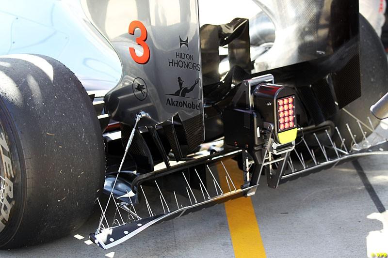 McLaren MP4-27 rear wing detail, Practice, Formula One World Championship, Round 15, Japanese Grand Prix, Suzuka Circuit, Mie Prefecture, Japan. Friday 5 October 2012.