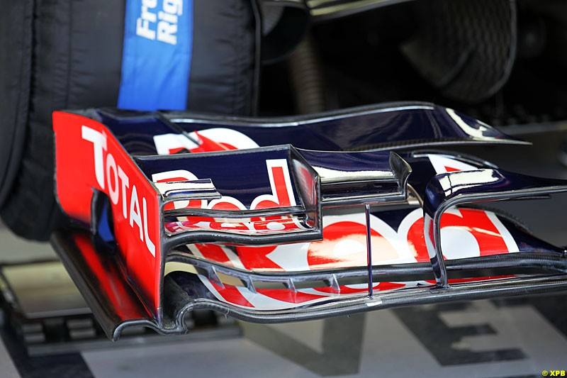 The front wing of Sebastian Vettel, Red Bull RB8, Practice, Formula One World Championship, Round 15, Japanese Grand Prix, Suzuka Circuit, Mie Prefecture, Japan. Friday 5 October 2012.