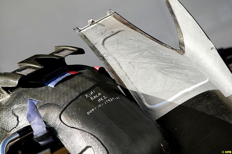 Race seat for Kimi Raikkonen, Lotus F1 Team, Practice, Formula One World Championship, Round 15, Japanese Grand Prix, Suzuka Circuit, Mie Prefecture, Japan. Friday 5 October 2012.