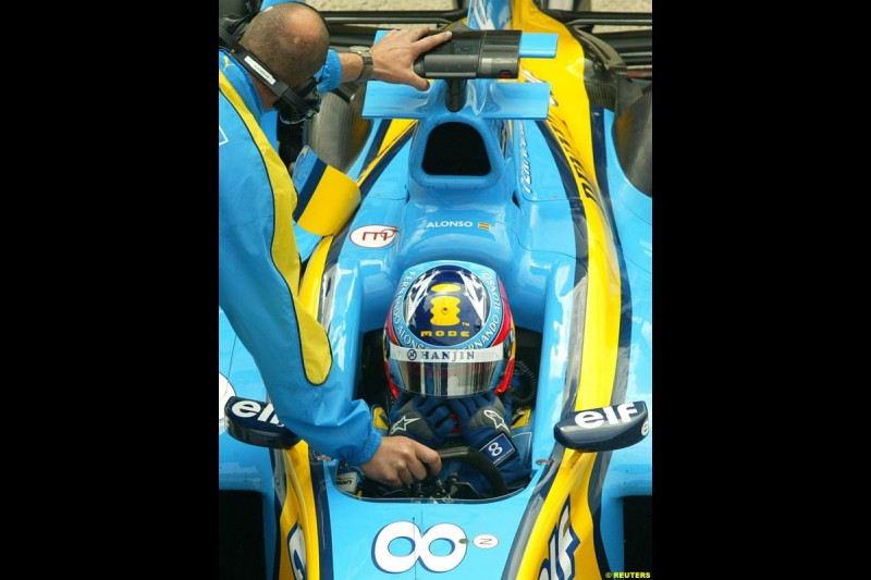 Fernando Alonso, Renault, British GP, Friday July 9th, 2004.