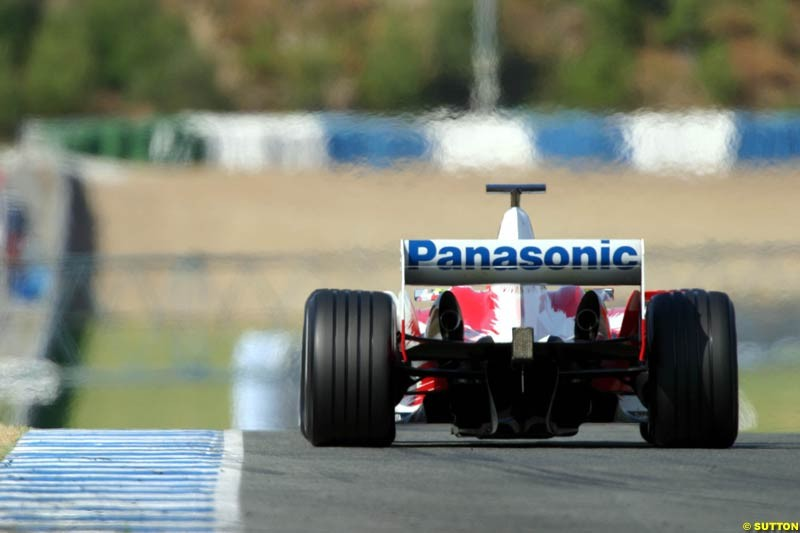 Toyota, Jerez testing, Friday July 16th, 2004.