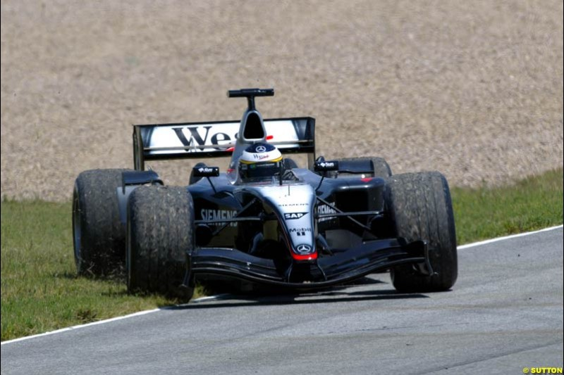 Pedro de la Rosa, McLaren-Mercedes, Jerez testing, Thursday July 15th, 2004.