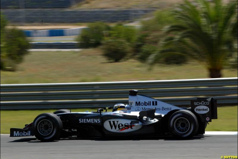 Pedro de la Rosa, McLaren-Mercedes, Jerez Testing, Wednesday July 14th, 2004.