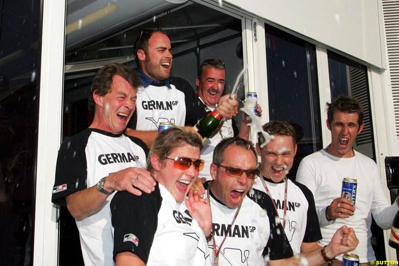 BAR pitstop challenge, German GP, Thursday July 22nd, 2004.