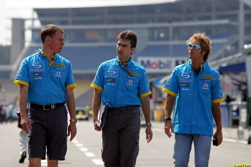 Alan Permane, Nick Chester, and Jarno Trulli; German GP, Thursday July 22nd, 2004.