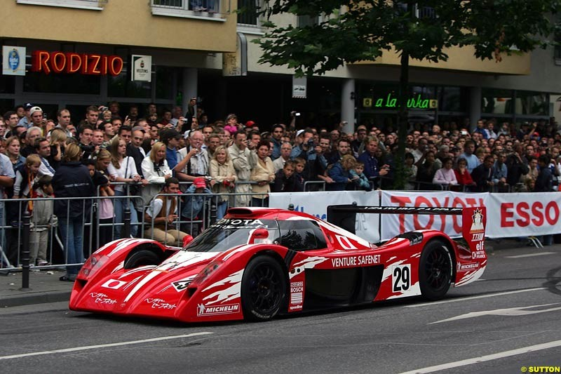 Allan McNish, Toyota GT-One, Toyota City Grand Prix, Cologne, Germany; August 22nd, 2004.
