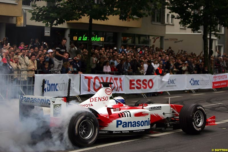 Olivier Panis, Toyota, Toyota City Grand Prix, Cologne, Germany; August 22nd, 2004.