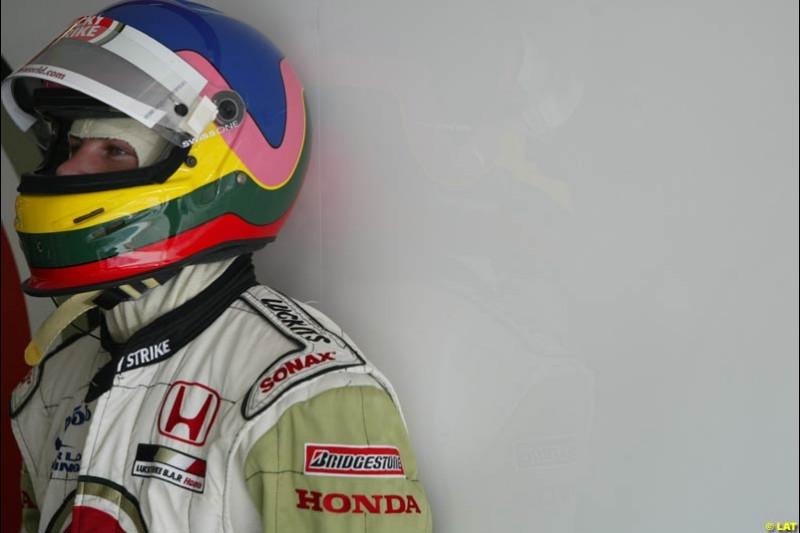 2002 Austrian Grand Prix - Friday free practice. A1 Ring, Austria. 10th May 2002. Jacques Villeneuve, BAR