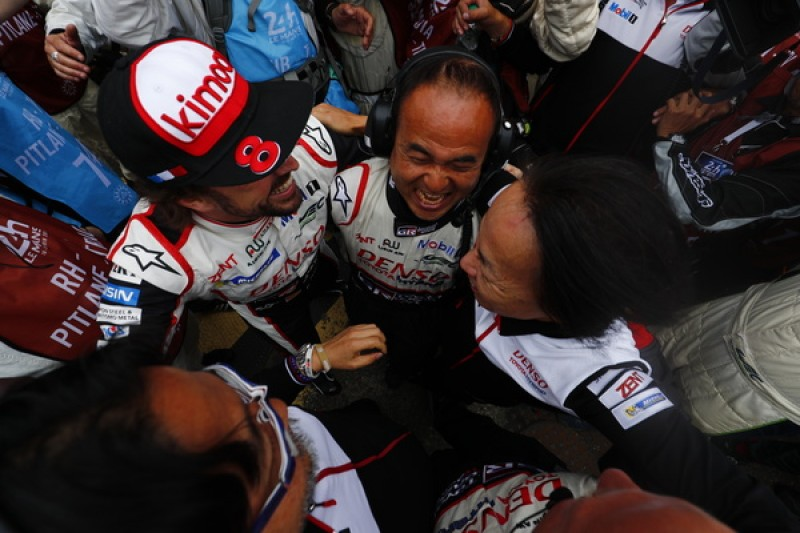 Victory for the #8 Toyota (Photo: LAT)