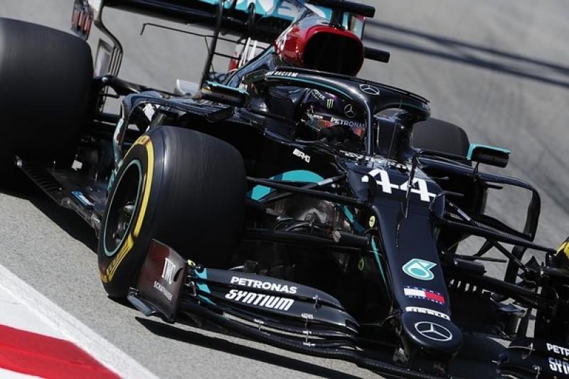 F1 Spanish GP: Hamilton reverses Mercedes positions in second practice