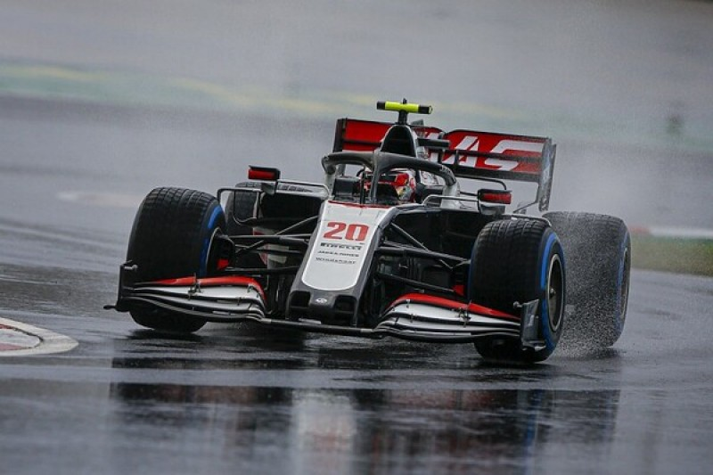 Magnussen slams Turkish GP Q1 improvements under yellow flags