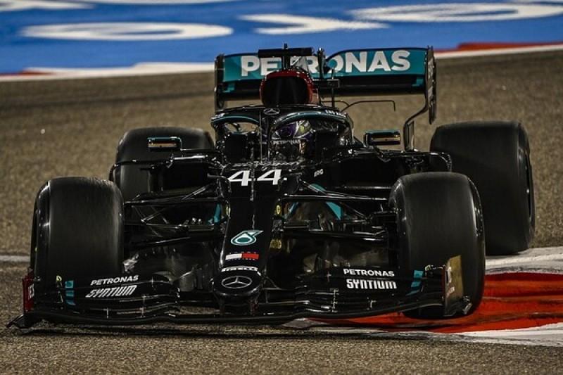 F1 Bahrain GP: Hamilton fastest in FP2 as Albon crashes heavily