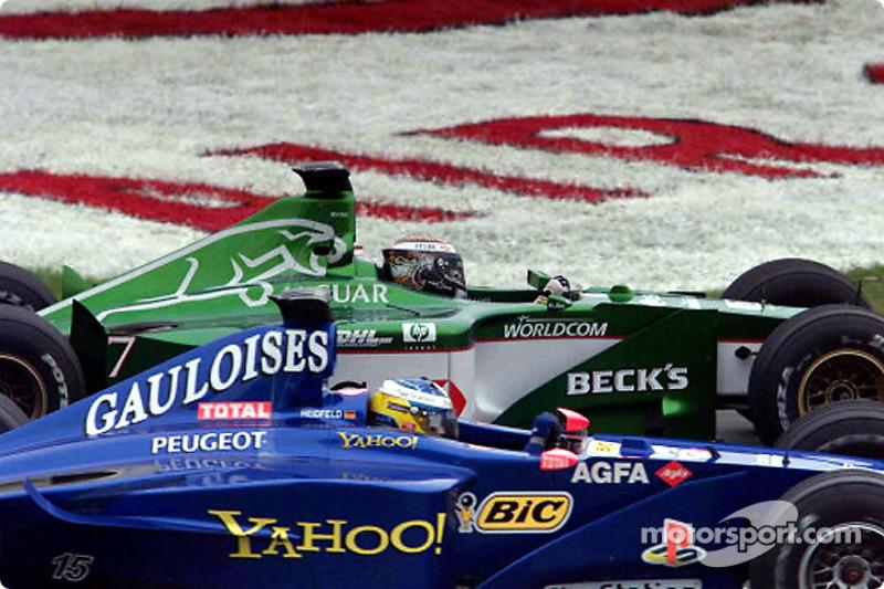 heat is on: Eddie Irvine ve Nick Heidfeld