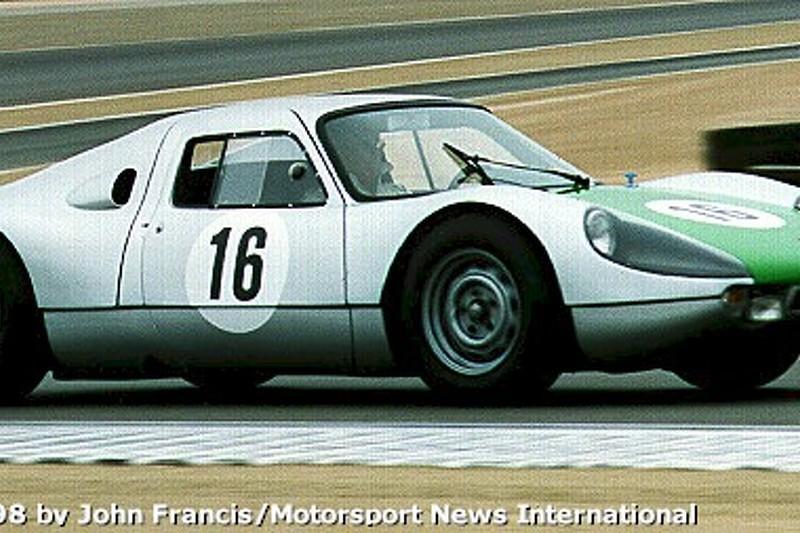 Exhibition Porsche 904 (turn 2)