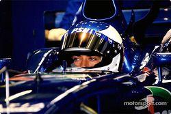 Jean Alesi en el garage