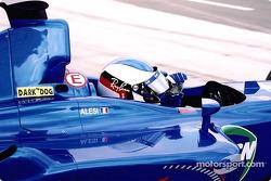 Jean Alesi en los pits